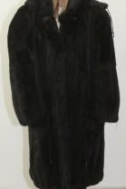 Fur .. Fur coat mink black with hood
