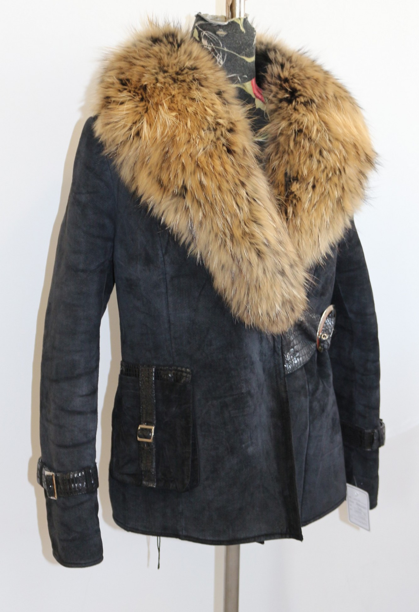 jacke mit pelz herren woolrich parka mit kapuze aus pelz grieder by h4f herren arctic winter. Black Bedroom Furniture Sets. Home Design Ideas