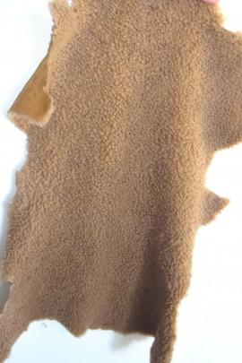 Pelz Fell Lagerware Lamm beige