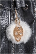 Kanin Bommel Anhänger Totenkopf Design Style Pelz Fashion