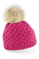 Hat in pink with light brown Bommel