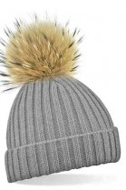 Light gray bobble hat with brown fur bobble