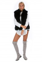 Fashion Blogger fox vest black fur fashion luxury style
