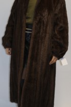Pelz- Fell  Mantel Nerz Ausgelassen dunkel braun