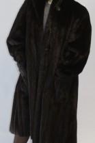 Pelz- Fell  -Mantel Nerz braun ausgelassen