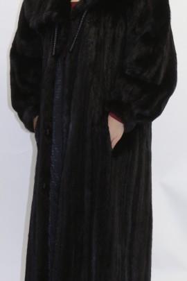 Pelz- Fell  Mantel  Nerz  ausgelassen schwarz