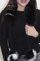 Pelz. Fell  .Schal Blaufuchs Rolle schwarz-weiß mit Bommel