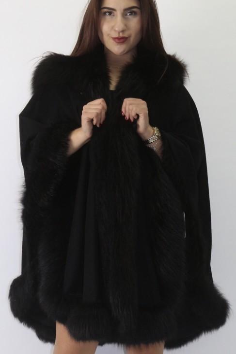 Pelz   Fell     Blaufuchs  schwarz Umrandung mit Stoff