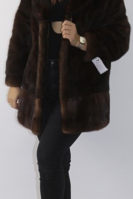 Fur fur jacket mink put on brown