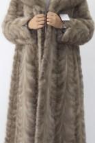 Pelz- Fell Mantel  Nerz Stücke grau