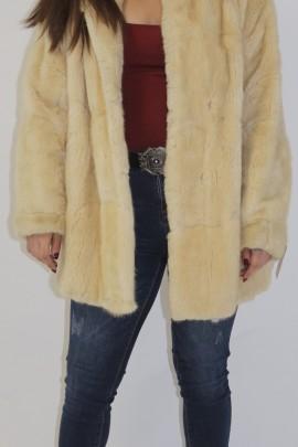 Fur jacket muskrat pearl put on
