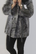 Pelz-  Fell  Jacke  Persianer grau  Kapuzenrand Finnraccoon
