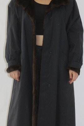 Pelz-  Fell  Mantel Nerz Innenfutter aufgesetzt außen Stoff