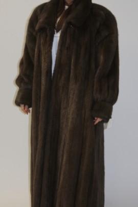 Pelz - Fell  Mantel  Nerz   braun ausgelassen